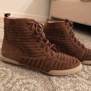 Elliot Luca Suede Sneakers